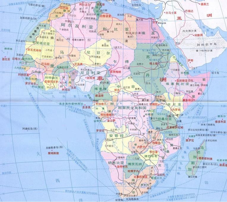 """非洲是""""阿非利加洲""""的简称。希腊文""""阿非利加""""是阳光灼热的意思。赤道横贯非洲的中部,非洲3/4的土地受到太阳的垂直照射,年平均气温在摄氏20度以上的热带占全洲的95%,其中有一半以上地区终年炎热,故称为""""阿非利加""""。 位置和范围:位于东半球的西南部,地跨赤道南北,西北部的部分地区伸入西半球。东濒印度洋,西临大西洋,北隔地中海和直布罗陀海峡与欧洲相望,东北隅以狭长的红海与苏伊士运河紧邻亚洲。大陆东至哈丰角(东经51°24&pr"""